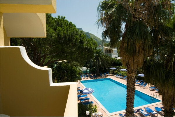 Hotel-le-canne-Ischia